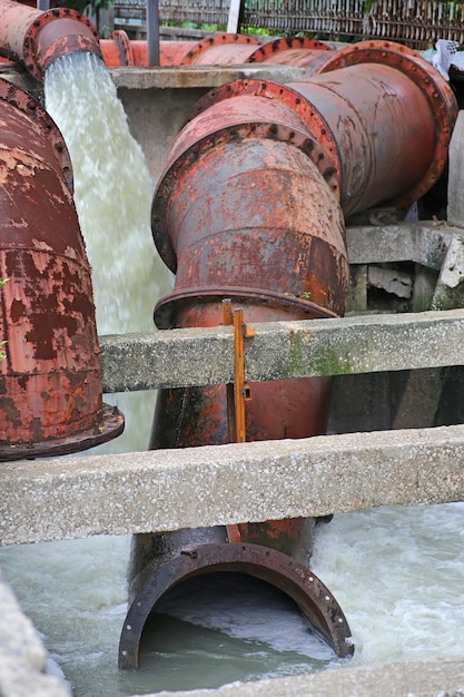 Large water pipe pump flood water Premium Photo