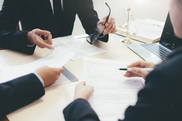 Law, advice and legal services concept. Premium Photo