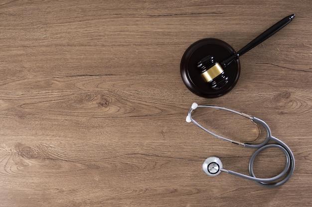 Концепция соблюдения закона для медицинской системы Premium Фотографии