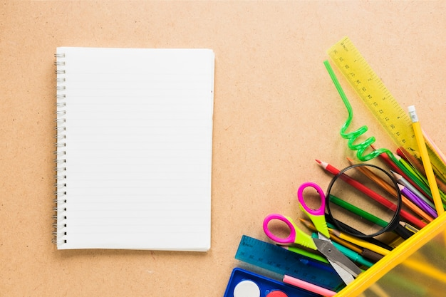 Lay out of stationery supplies for school Free Photo