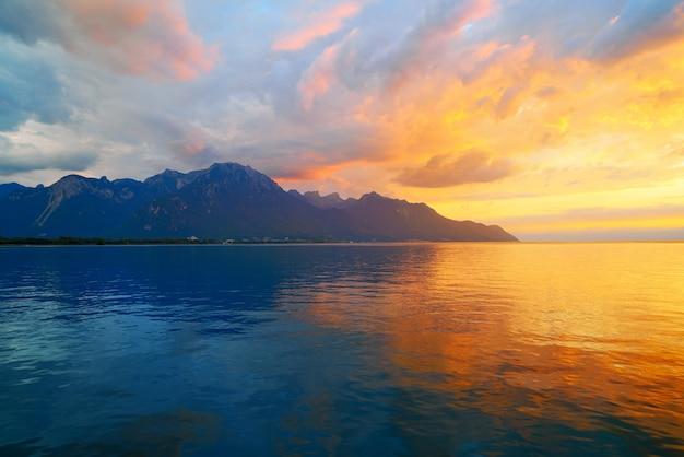 Leman geneva lake sunset in switzerland Premium Photo
