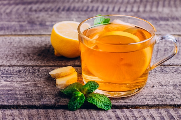 Lemon tea with ginger and mint Premium Photo