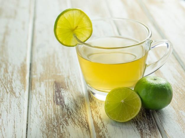 Lemon tea Premium Photo
