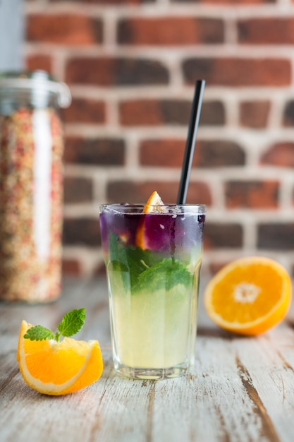 Lemonade with orange mint and ice Premium Photo