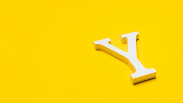 Letter y on floor with copyspace Free Photo
