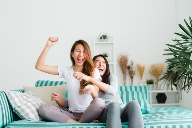 single lesbian women in levels Browse photo profiles & contact lesbian, sexuality on australia's #1 dating site rsvp free to browse & join.