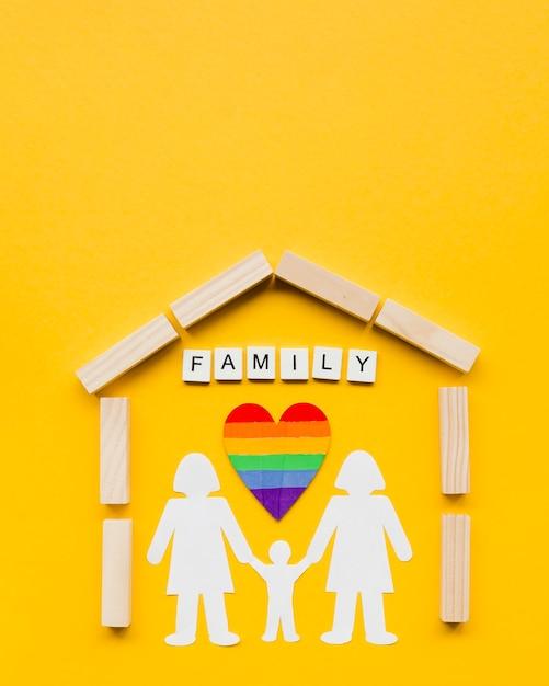 黄色の背景にlgbt家族概念の構成 無料写真