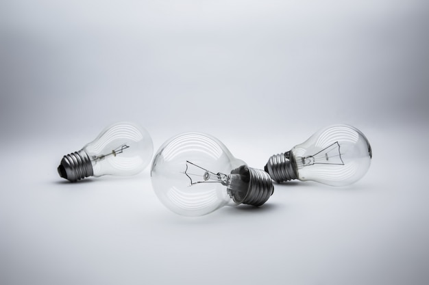 Light bulbs with bright light concetp for creativity, knowledge and organizational leadership. Premium Photo