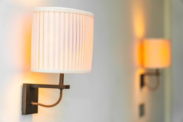 방의 조명 램프 장식 인테리어 무료 사진