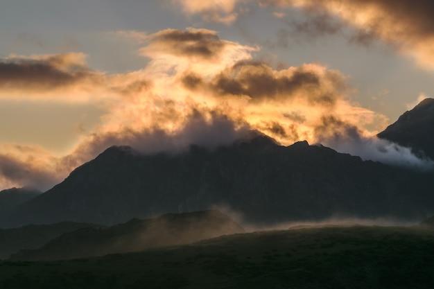 Light in the mountains Premium Photo