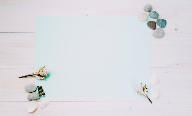 Light sheet with marine objects on striped background Free Photo