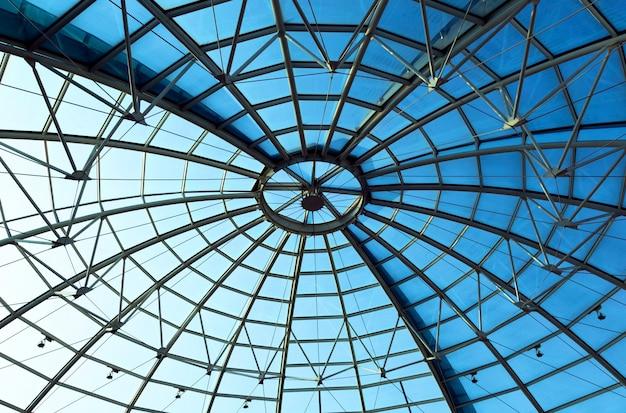 Limpid round ceiling Premium Photo