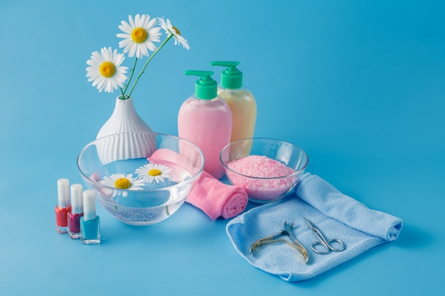 Liquid soap, aromatic bath salt and other toiletry Premium Photo