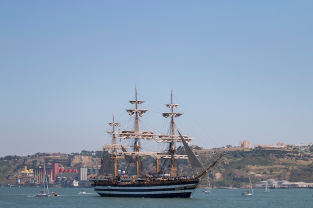 Lisbon, portugal: 25th july, 2016 - tall ships race is a  big nautical event where big majestic ships with sails are presented to the public for visitation. Premium Photo