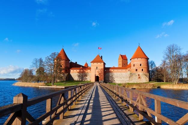 Lithuania, trakai, front view to the castle Premium Photo