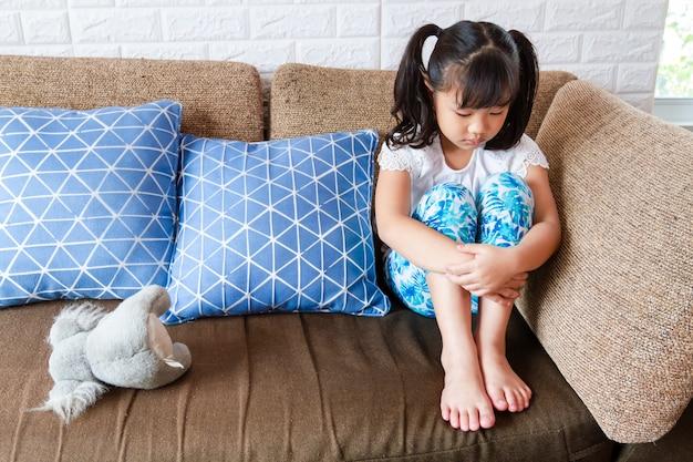 Cara Menghadapi Ketakutan dan Kecemasan Pada Anak