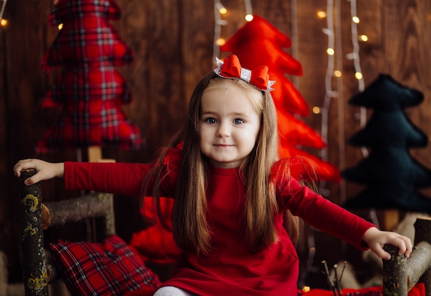 Little girl at the studio Free Photo