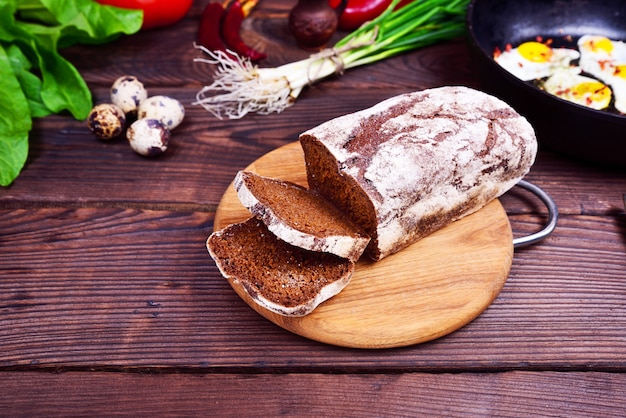 A loaf of bread from rye flour Premium Photo