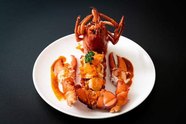 Lobster tail steak with sauce Premium Photo