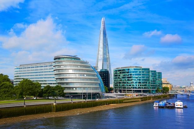 London skyline city hall and shard Premium Photo