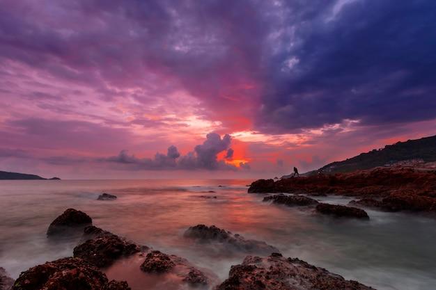 Long exposure image of dramatic sky Premium Photo