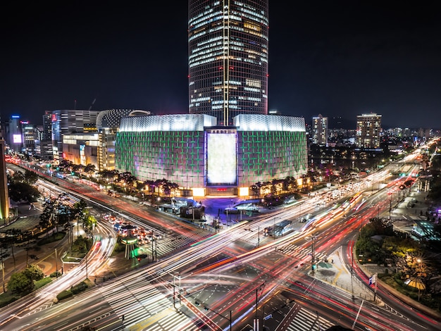 Long exposure of seoul. city crossroad with tower at night Premium Photo