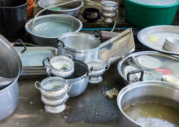 Lot of dirty dishware Premium Photo