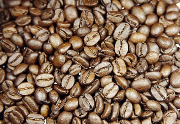 많은 유출 된 볶은 커피 원두 무료 사진