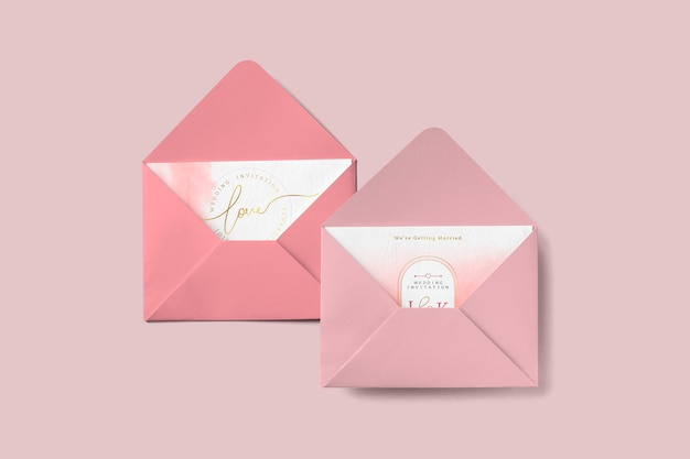 Love cards in envelopes Free Photo