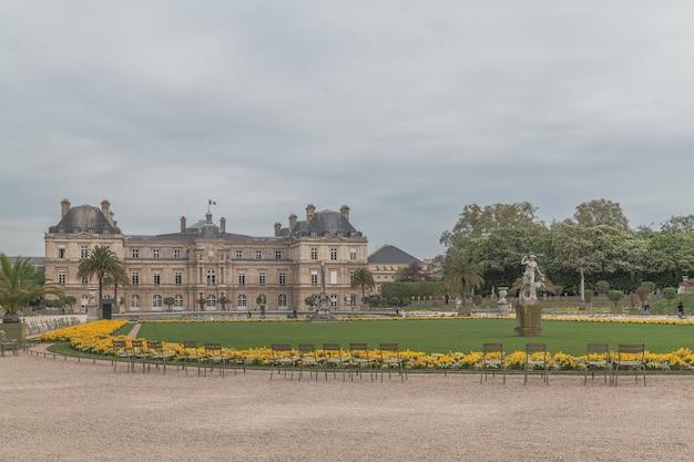 フランスのパリのルクセンブルクパラス Premium写真