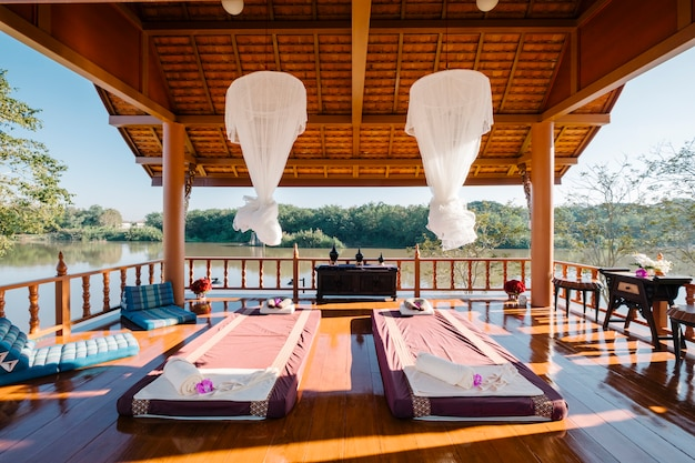 Luxury thai massage in pavilion Free Photo