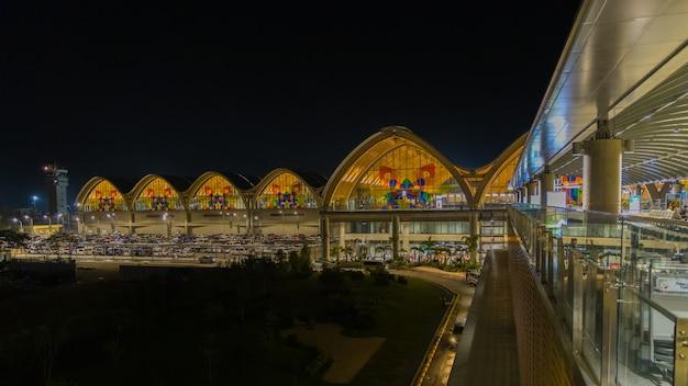 Mactan cebu international airport Premium Photo