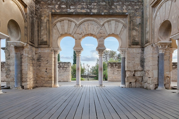Madinat al-zahra. city ruins medina Premium Photo