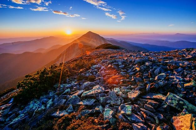 Magnificent of sunrise Premium Photo