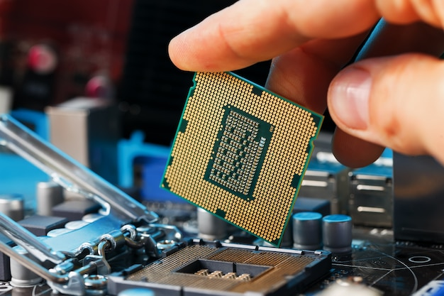 Maintenance computer cpu hardware upgrade of motherboard component Premium Photo