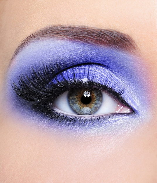 Make-up of woman eye withlight blue eyeshadows Free Photo