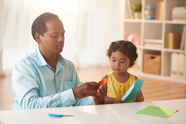 Making applique with dad Free Photo