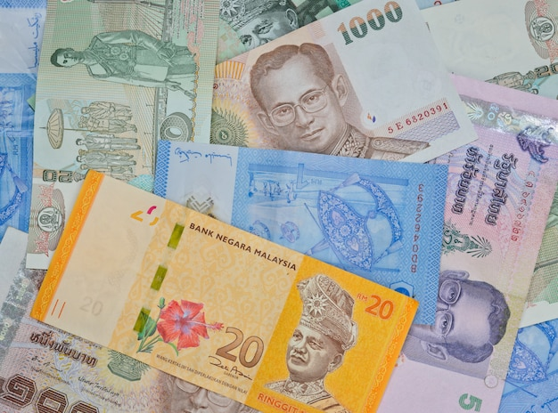 Malaysia and thai banknotes Premium Photo