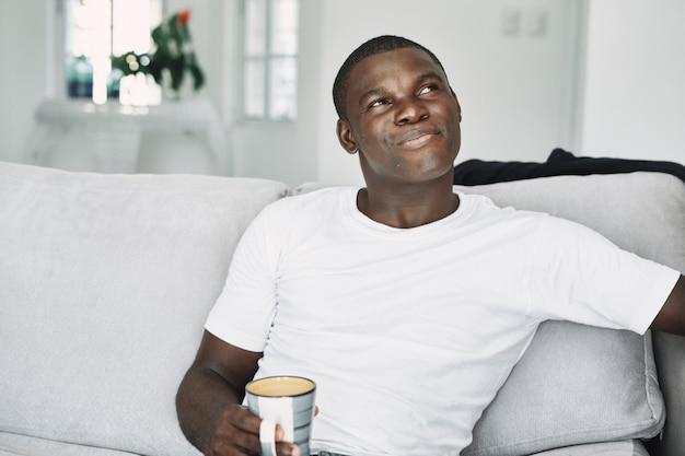 Male black cold, flu, virus, disease Premium Photo