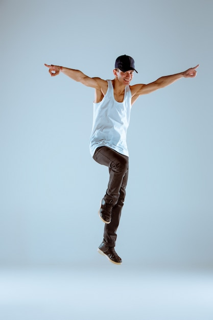 The man dancing hip hop choreography Free Photo