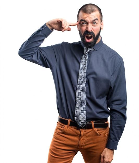 狂ったジェスチャーをする男 無料写真