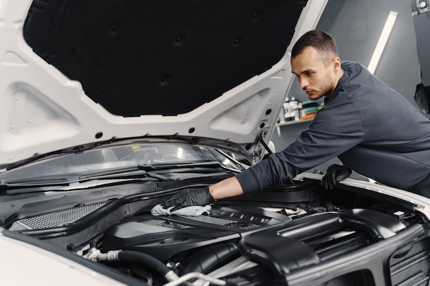 What You Should Know About Fixing Automobiles