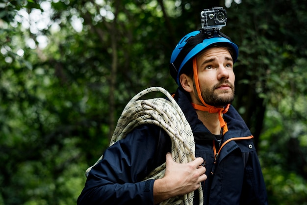 Man with climbing rope Premium Photo
