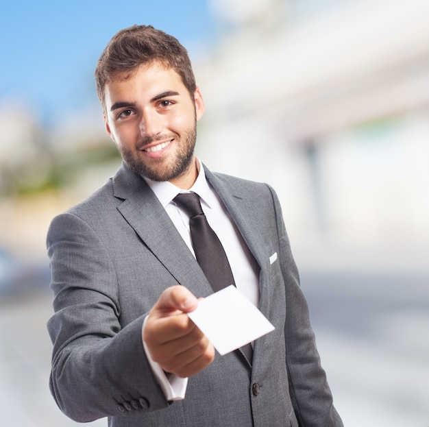 Man with a paper Free Photo