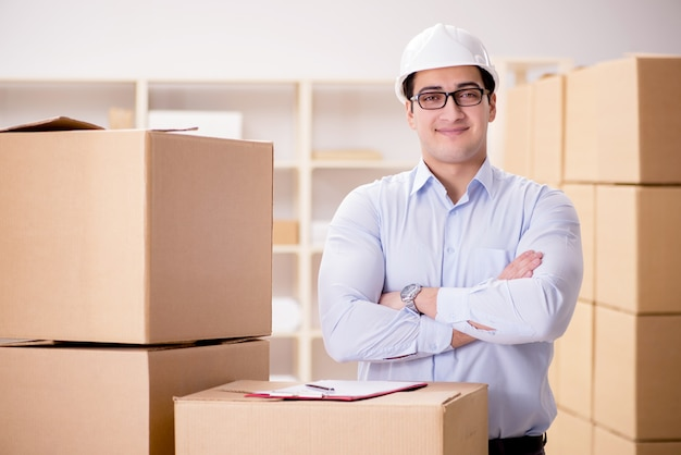 Man working in box delivery relocation service Premium Photo