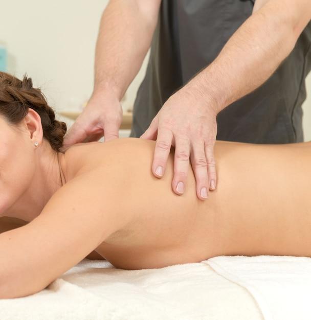 пришла на массаж а ее трахнули видео - 7