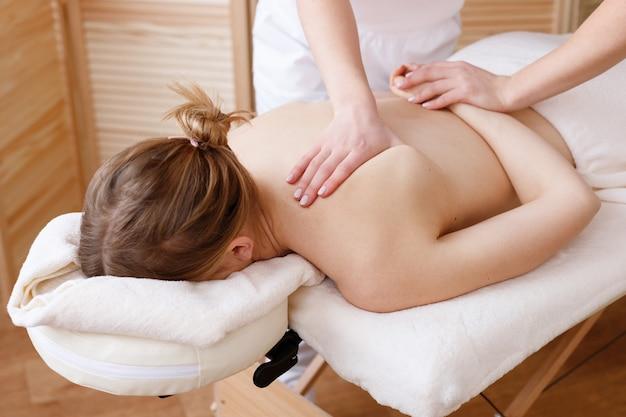 Массаж женщине массажером нефритовый массажер цена купить