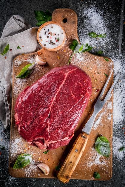 Meat. beef, veal. fresh raw tenderloin, piece without bone Premium Photo