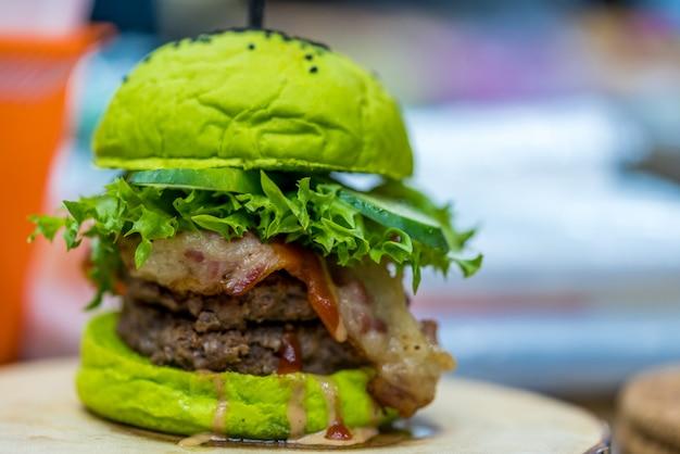 Meat steak burger Premium Photo