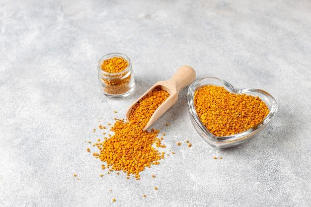 ミツバチ花粉と医学食品 無料写真